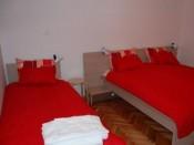 Triple beds apartment