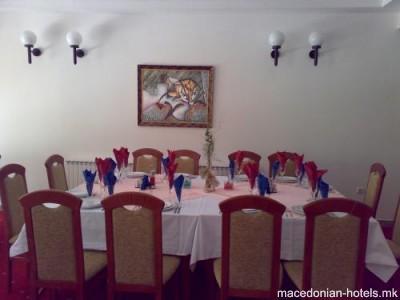 Hotel Porecki Biser - Makedonski Brod