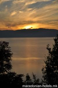 Mountain House Robinson Sunset - Ohrid