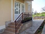 Villa Tins