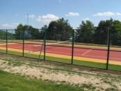 Тениско игралиште