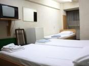 Triple bed economy